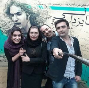 سلفی الیکا عبدالرزاقی و همسرش و هنگامه قاضیانی و علی اوجی