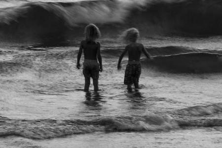 در مواجهه با موج
