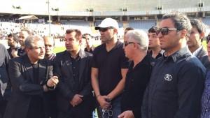 احمد رضا عابدزاده و حمید استیلی در مراسم تشییع جنازه هادی نوروزی
