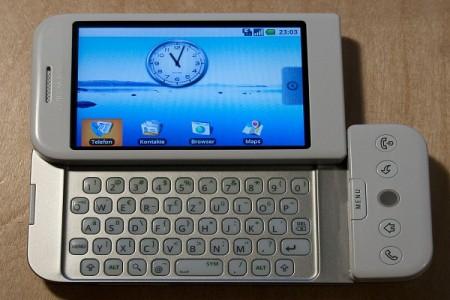 اولین گوشی با سیستم عامل اندروید