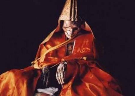 راهب های خودمومیایی شده