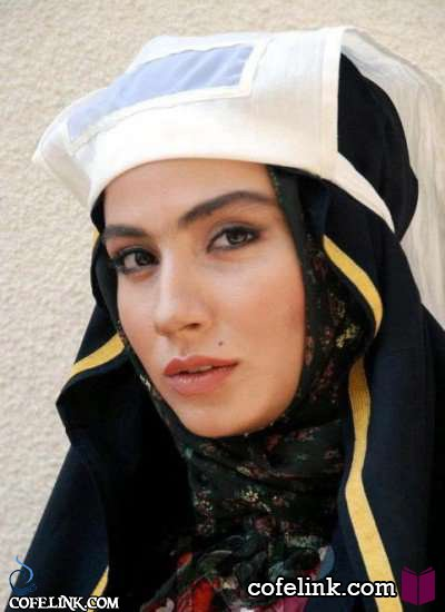 بهارک صالح نیا در یکی از نقش های اصلی فیلم یتیم خانه ایران
