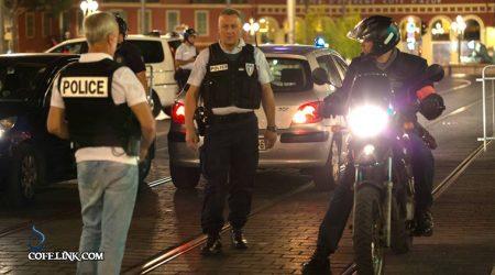 پلیس منطقه وقوع حادثه را محاصره کرده
