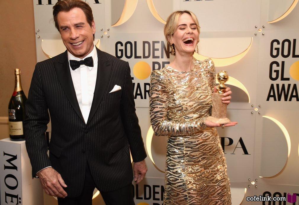 جان تراولتای معروف و سارا پالسون که بسیار هم خوشحالند