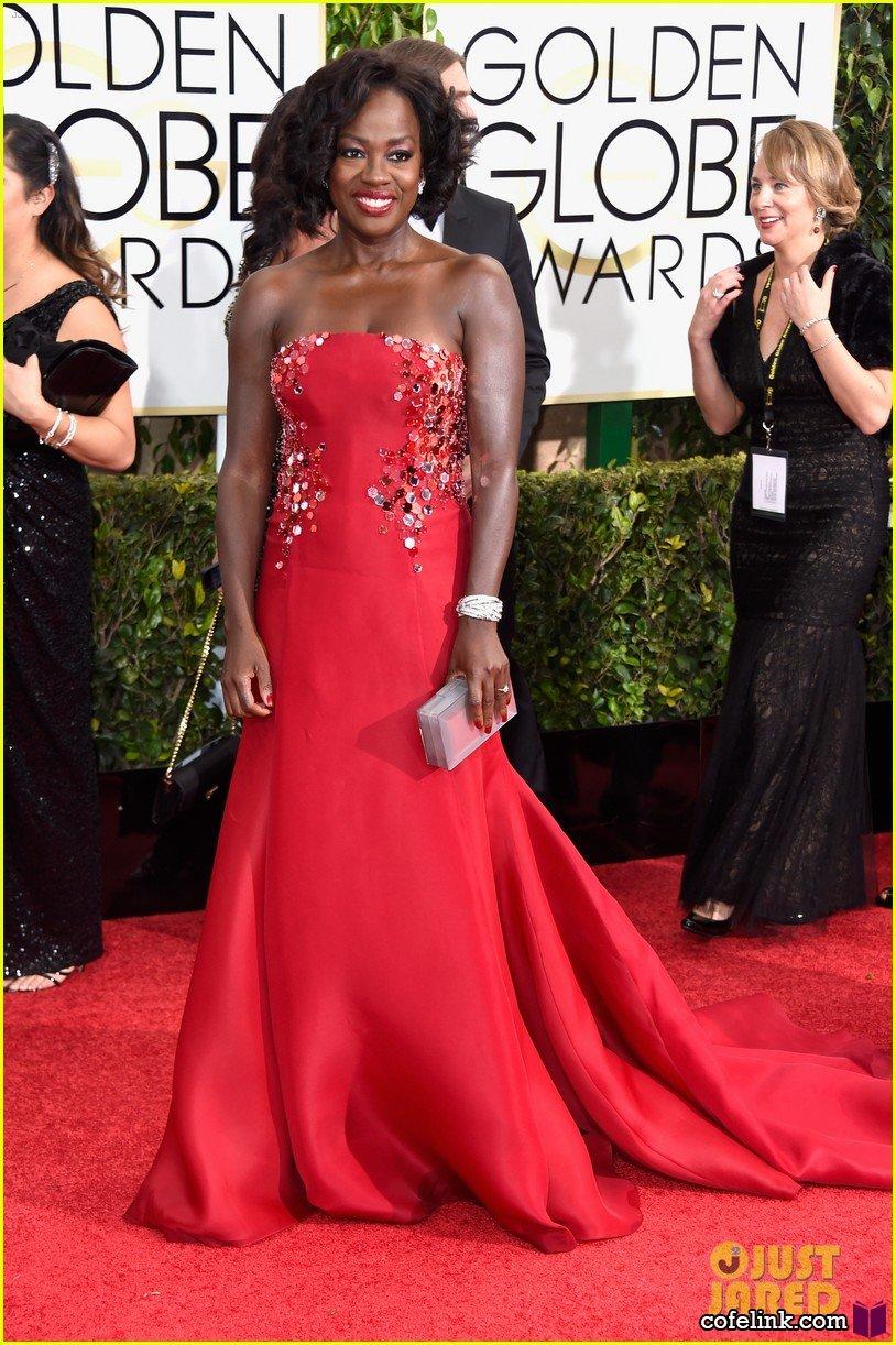 ویولا دیویس برنده جایزه بهترین بازیگر مکمل زن